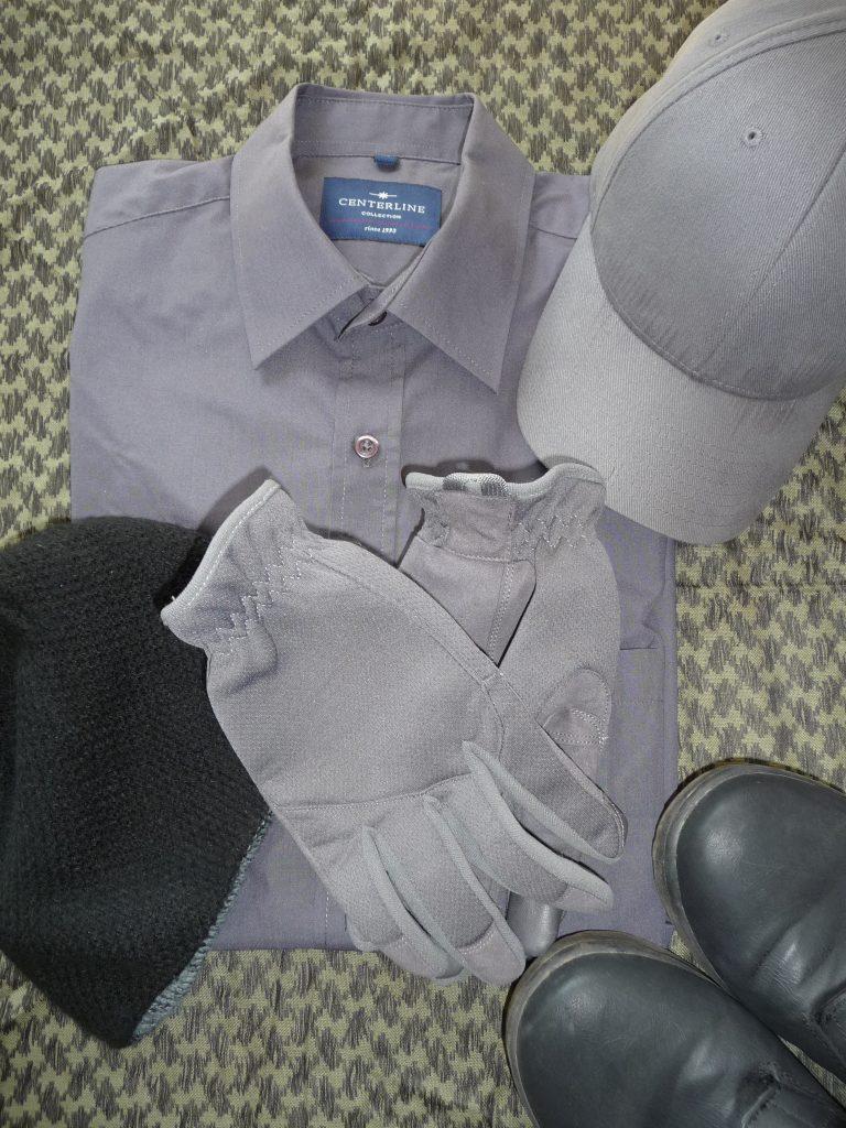 Gray Man Kleidung